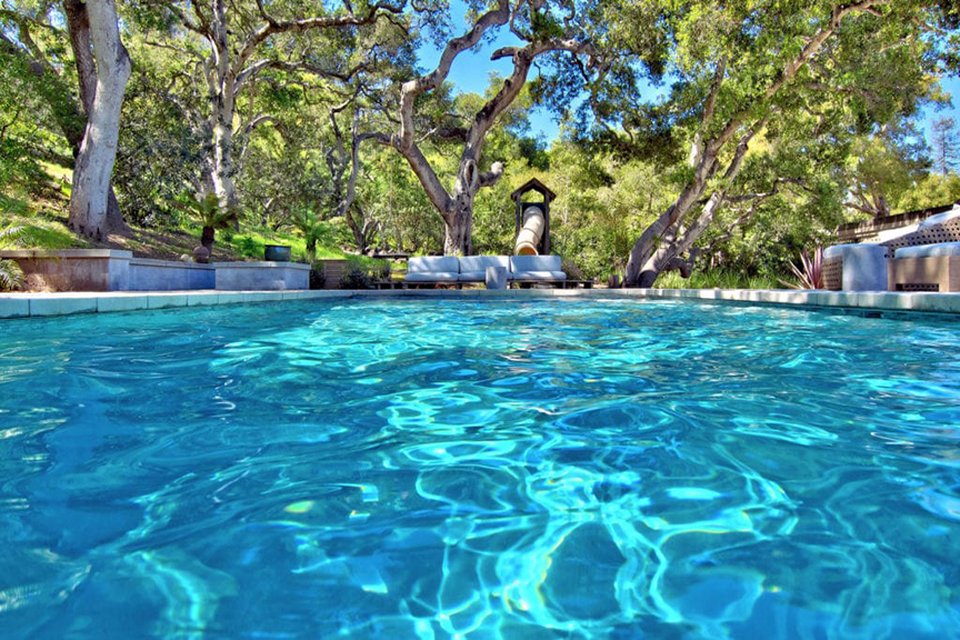 2 DIY things you can co to keep pools in check